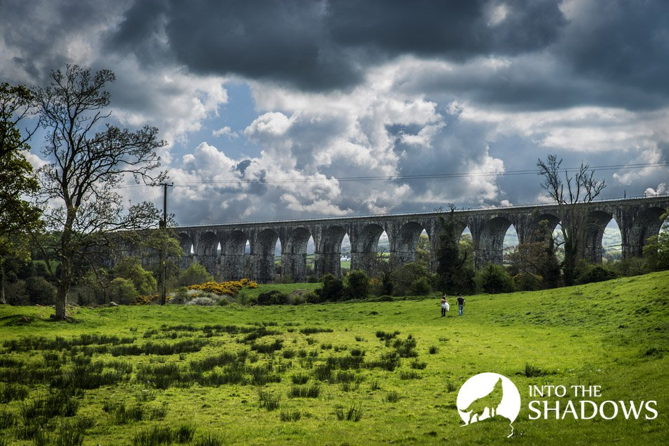 The Craigmore Viaduct: Irish Tarbhealach Craig Moore, there is a big passage through the stone. Locally called 18 arches. It was built in 1852 a railway crossing in Northern Ireland, which is the highest bridge on the island of Ireland. Photo view is from the nearby meadows on the entire viaduct.