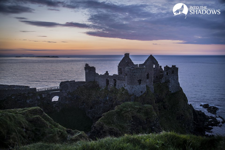 Dunluce Castle: The castle was built in the XIII century, Richard specifically inform staff of de Burgh, and the first written information about the castle appeared in 1513.