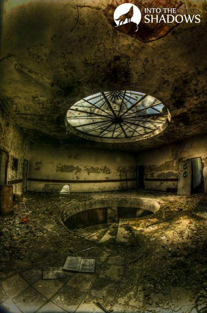 Abandoned physiotherapy Department: Beautiful spiral staircase with a round glass ceiling.