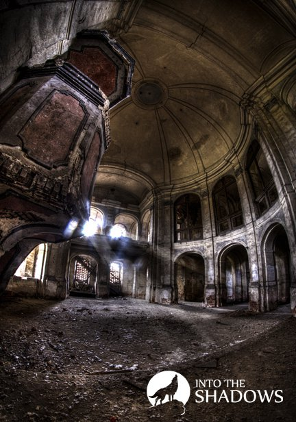 Abandoned Evangelical Church 'g': This is one of the oldest existing in Poland Evangelical churches, was completed in 1749 at the request of the present king of Prussia, Frederick II. in the picture we see the pulpit and the second part of this abandoned Church.