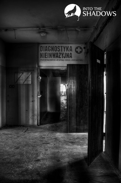 Abandoned hospital shipbuilding: Its Genesis was posed to the year 1908 and in the territory of the yard dispensary. It was at this hospital, Lech Walesa has allocated 220 000 dollars, is received along with the Nobel Peace prize. View of the abandoned sector of the clinic is non-invasive.