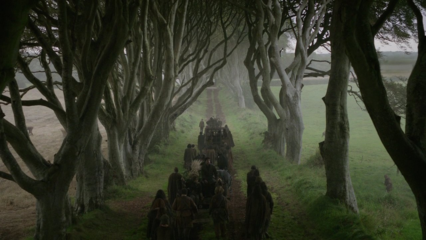 The Dark Hedges w Grze o Tron, kadr z filmu